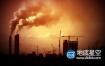 视频素材:实拍夕阳下远处工厂工业烟囱里冒出黑烟破坏环境大气污染
